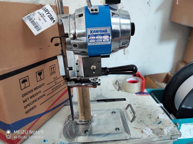 mesin pemotong kain cloth cutting machine